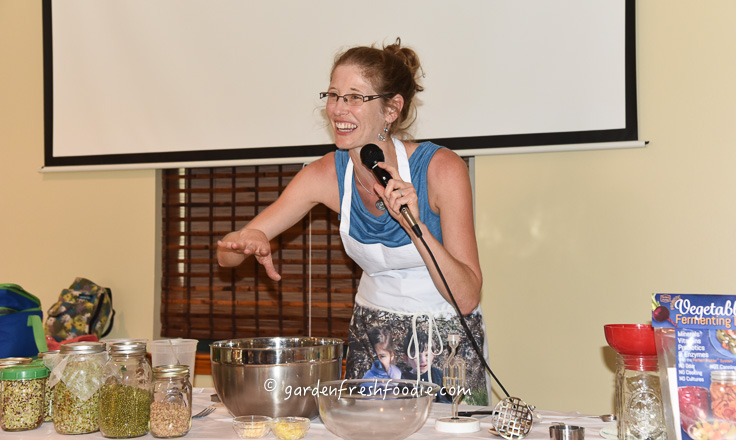 Raw Foods Demo at Vegfest